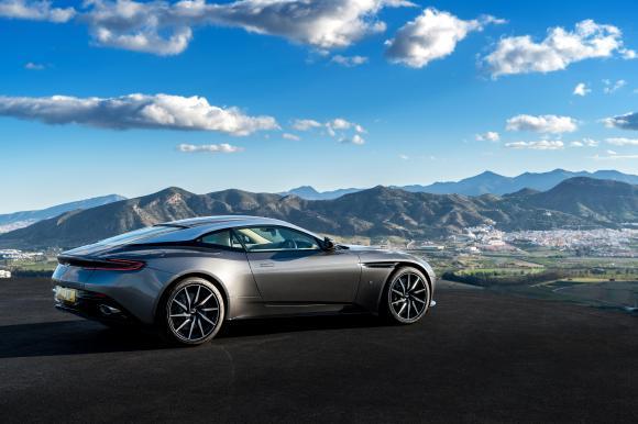 Goodwood 2016_08 Aston Martin DB11.jpg